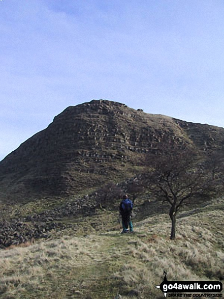 Back Tor (Hollins Cross) from below Hollins Cross. Walk route map d158 Sparrowpit and Mam Tor from Castleton photo