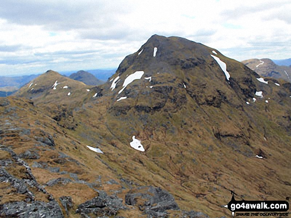 Beinn Tulaichean (left) and Cruach Ardrain from the summit of Stob Garbh (Cruach Ardrain)