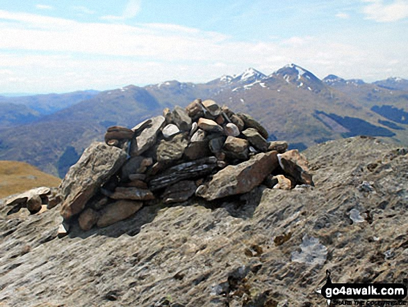 Sgiath Chuil summit cairn with Stob Binnein and Ben More (centre right) in the distance