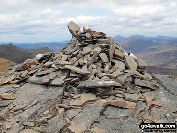 Meall Glas (Glen Lochay) summit cairn