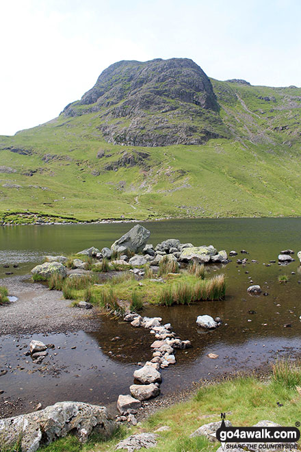 Walk c225 The Langdale Pikes via Jack's Rake from The New Dungeon Ghyll, Great Langdale - Harrison Stickle from Stickle Tarn