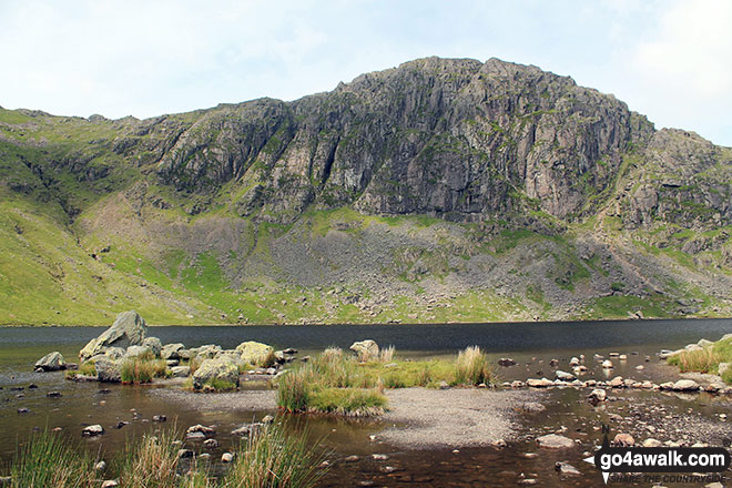 Walk c225 The Langdale Pikes via Jack's Rake from The New Dungeon Ghyll, Great Langdale - Pavey Ark from Stickle Tarn