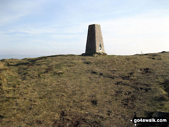Gun (Staffordshire) summit trig point