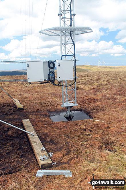 Walk dg108 Moorbrock Hill and Windy Standard from Craigengillan - More telecommunications mast paraphernalia on Keoch Rig