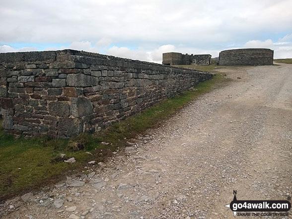 Walk ny161 Meugher from Yarnbury, Grassington - Ruined mine buildngs on Grassington Moor
