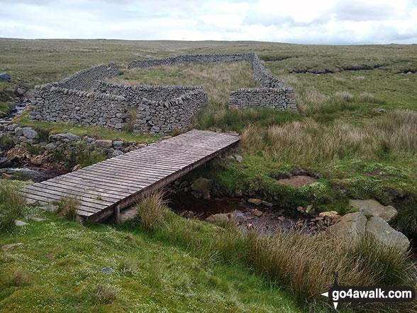 Footbridge and sheepfold on Sleet Moor