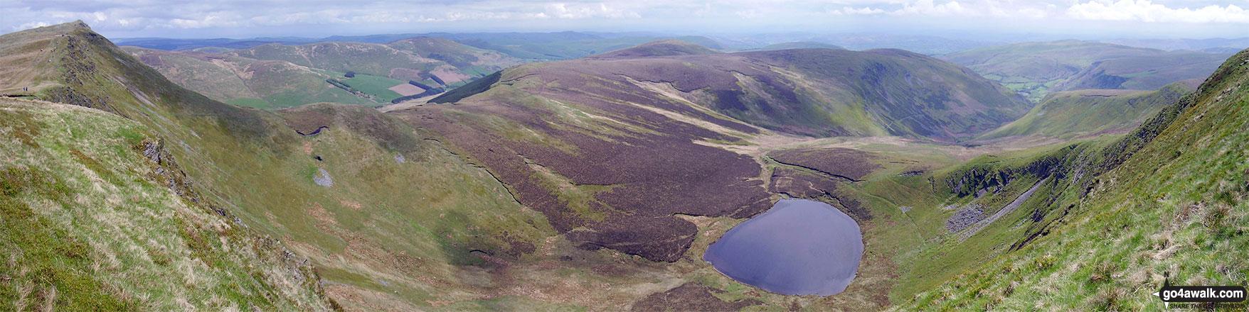 Cadair Berwyn (North Top), Cadair Berwyn & Llyn Lluncaws from Moel Sych