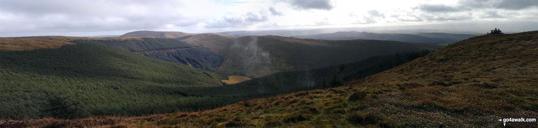 Mynydd Dolgoed and Cwm Ratgoed from Mynydd Ceiswyn