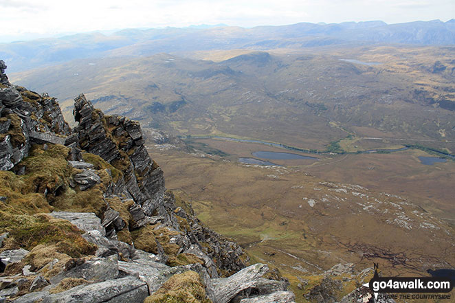 Dubh-loch na Beinne from the north ridge of Ben Hope