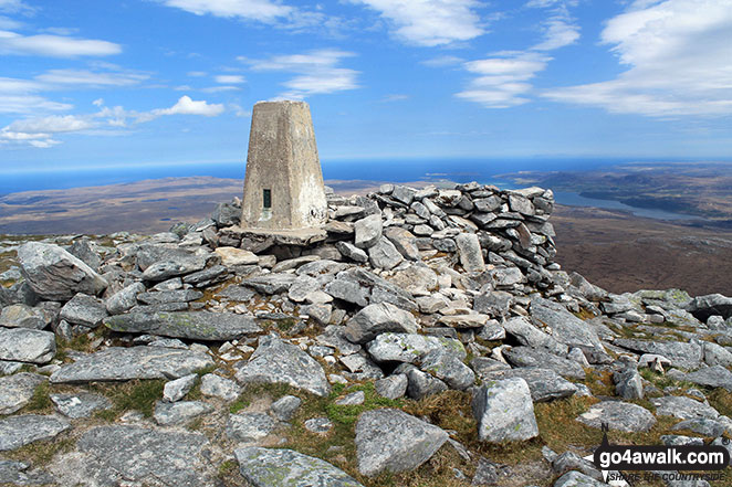 Walk h129 Ben Hope from Muiseal, Strath More - The trig point on the summit of Ben Hope