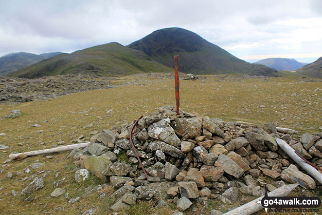Green Gable (left) and Great Gable (centre) from Brandreth summit cairn