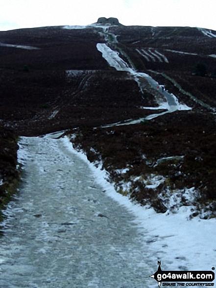 Walk dn112 Moel Famau and Moel Dywyll from Moel Famau Country Park - Moel Famau summit from The Offa's Dyke Path