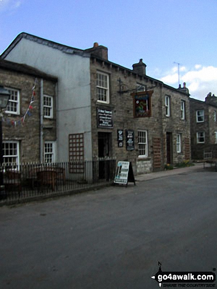 The Green Dragon Pub, Hardraw. Walk route map ny149 Great Shunner Fell from Hawes photo