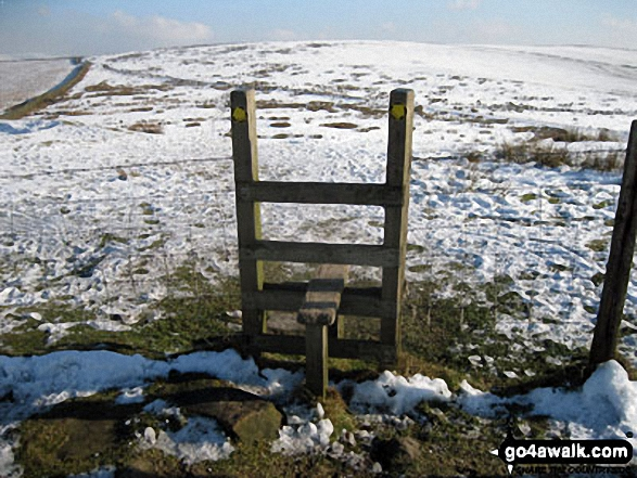 Stile on Dale Top in the snow