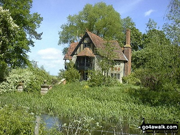 Weir Cottage, near Eythrope Park