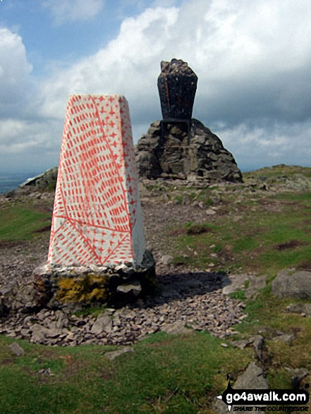 Dumyat trig point and summit beacon
