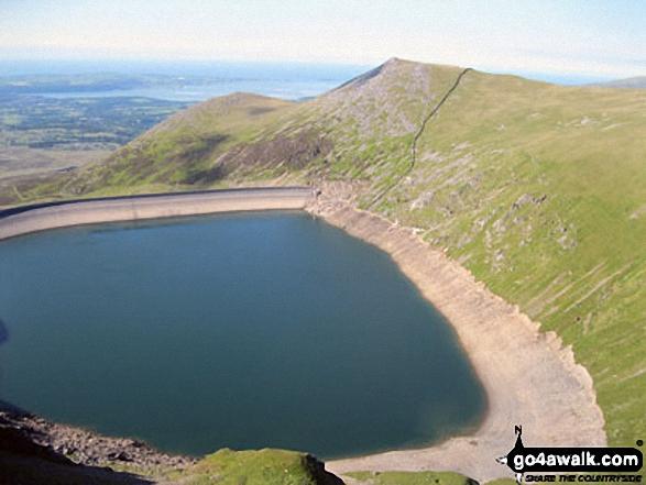 Carnedd y Filiast (Glyders) (North Top), Carnedd y Filiast (Glyders) and Marchlyn Mawr Reservoir from Bwlch Y Marchlyn, Elidir Fawr