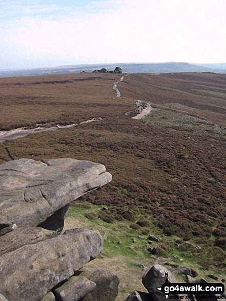 Derwent Edge from the Wheel Stones. Walk route map d260 Back Tor from Fairholmes Car Park, Ladybower Reservoir photo