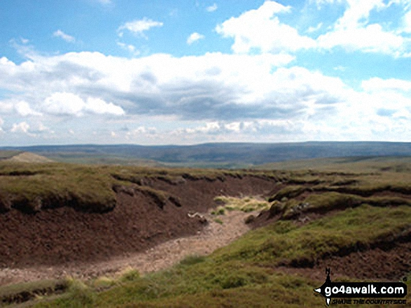 Walk Picture/View: Tooleyshaw Moor above Crowden in The Peak District, Derbyshire, England by Pete Shapter (4)