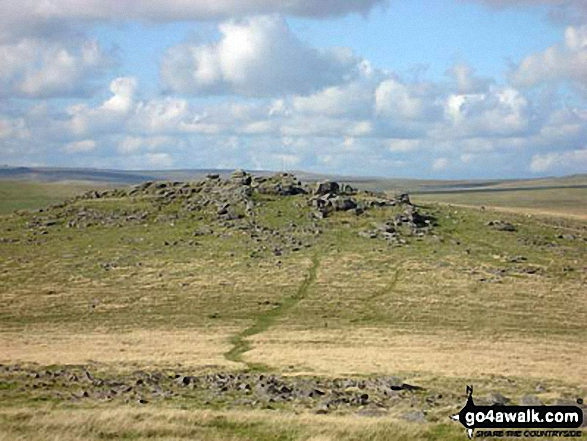 Walk de122 North Hessary Tor, Great Mis Tor and Great Staple Tor from Princetown - Roos Tor from Great Staple Tor