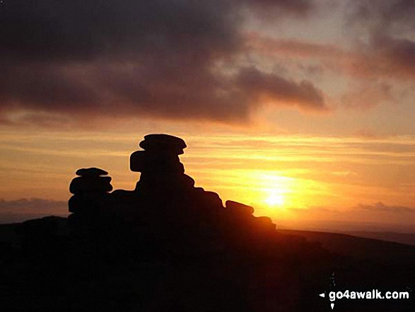 Walk de122 North Hessary Tor, Great Mis Tor and Great Staple Tor from Princetown - Sunset on Great Staple Tor