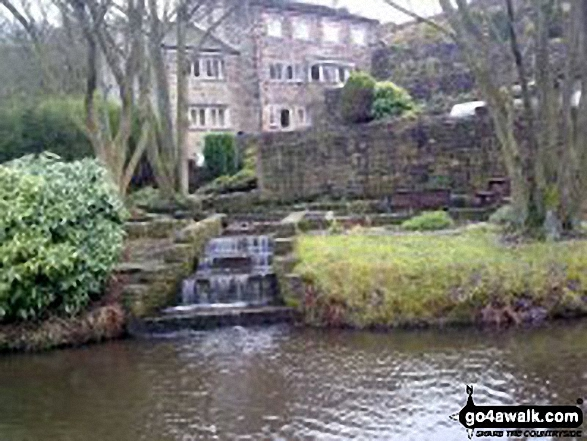 Contributory Stream entering The Rochdale Canal near Bridge 26