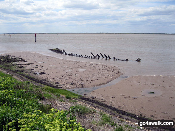 Boat wreck in the sands of Breydon Water