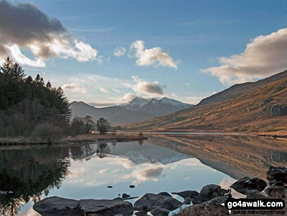 Walk Picture/View: Snowdon Horseshoe reflected in Llynnau Mymbyr near Plas Y Brenin featuring Y Lliwedd (left) and Snowdon (Yr Wyddfa), Crib Goch and Garnedd Ugain (Crib y Ddysgl) (right) in Snowdonia, Gwynedd, Wales by Ray Crowe (3)
