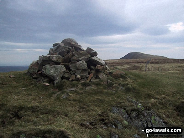 The cairn on the summit of Gavel Fell