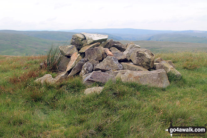 The cairn on Casterfell Hill