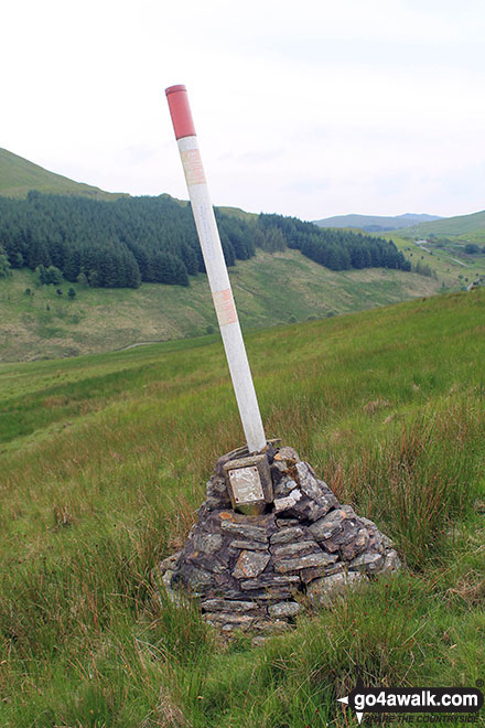 Underground cable marker near the loweer slopes of Whinash