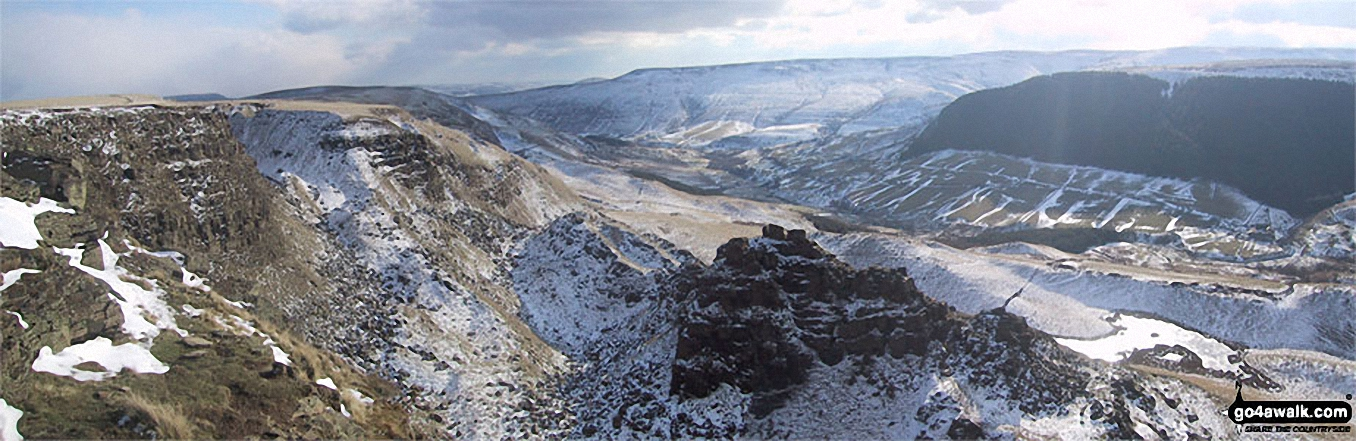 Bamford Moor and Winhill Pike (Win Hill) from The Tower, Alport Castles in the snow