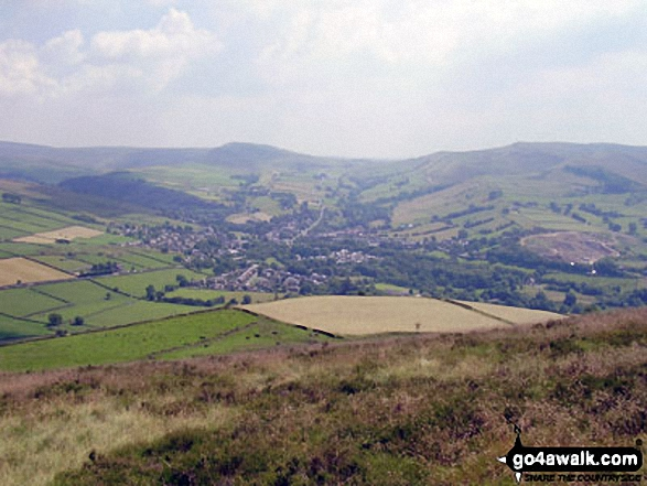 Walk d321 Mill Hill and Middle Moor from Hayfield - Mill Hill (Ashop Head), Kinder Scout and Chinley Churn with Hayfield nestling below from Lantern Pike