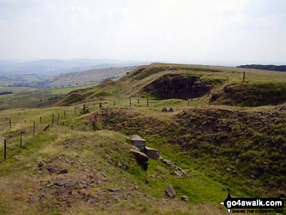 Cown Edge Rocks. Walk route map d171 Lantern Pike and Cown Edge Rocks from Hayfield photo
