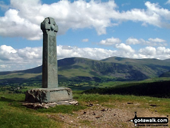 Monument on the Cumbria Way near Applethwaite