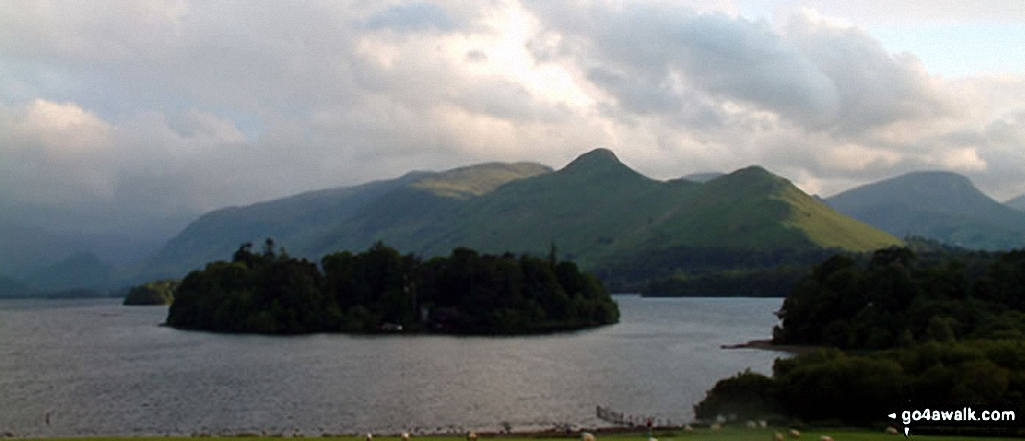 *High Spy, High Spy (North Top) and Cat Bells (Catbells) and Derwent Water from Latrigg