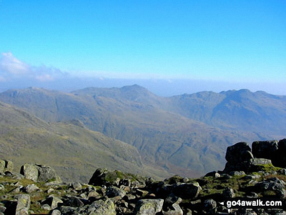 Esk Pike, Bow Fell (Bowfell), Gunson Knott , Crinkle Crags (Long Top) and Crinkle Crags (South Top) from Scafell Pike