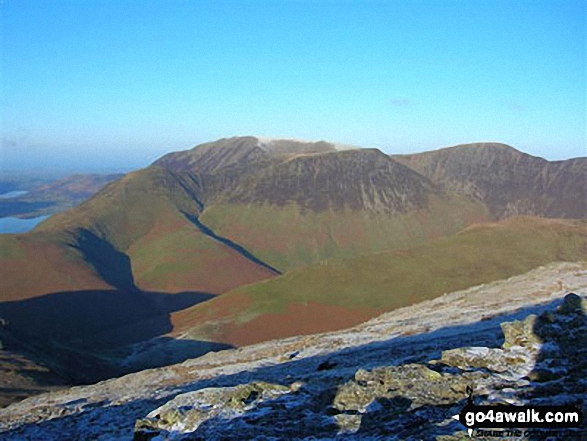Whiteless Pike (foreground) and Grasmoor (background) from Robinson