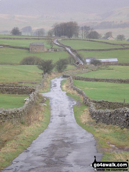 The Yorkshire Dales from The Pennine Way on Gaudy Lane south of Gayle
