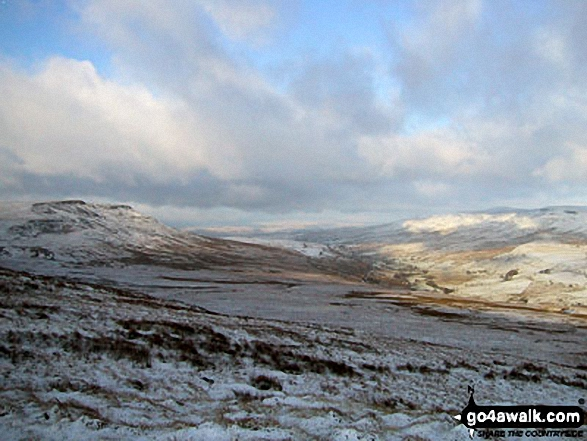 Wild Boar Fell, Mallerstang Common and Nine Standards Rigg from Swarth Fell in the snow
