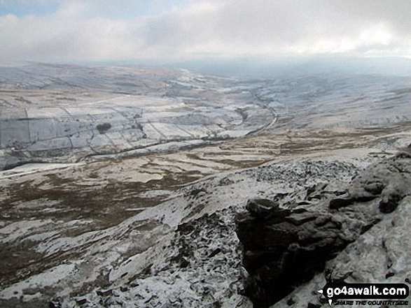 Little Fell (Lunds Fell) (Mallerstang) and Mallerstang Common from Wild Boar Fell in the snow