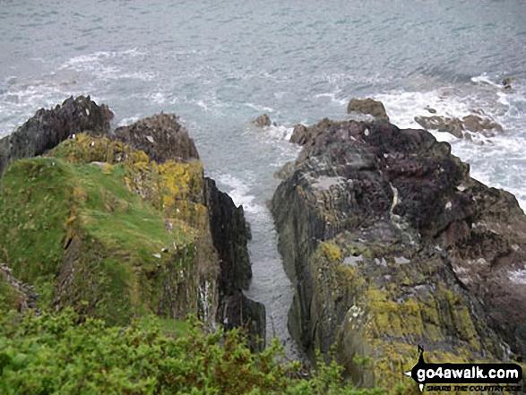 Walk co147 Talland Bay and Portlooe from West Looe - Rocky Coast  between Looe and Talland Bay
