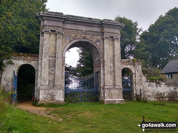 Freemantle Gate, Godshill Park