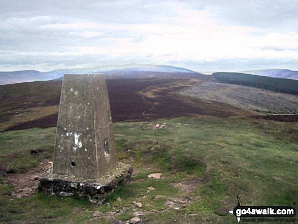 Walk Crug Mawr walking UK Mountains in The Black Mountains The Brecon Beacons National Park Powys    Wales