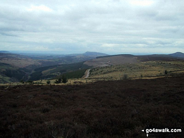 Walk Bal-Mawr walking UK Mountains in The Black Mountains The Brecon Beacons National Park Monmouthshire    Wales