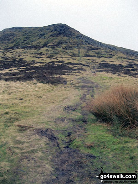 The path up Kinderlow End from near Three Knolls