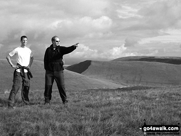 Walk po104 Pen y Fan and Cribyn from Nant Gwdi - David J Pinder and Peter Marwood on Pen y Fan
