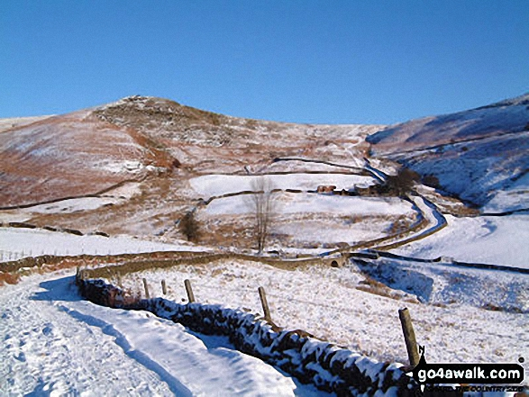 Burbage Edge from Goyt's Moss in the snow