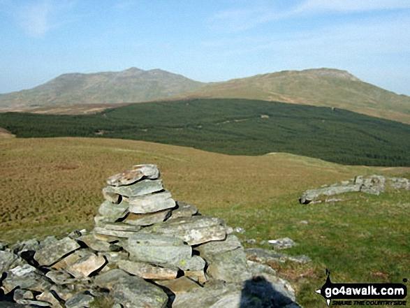 Bwlch y Bi summit cairn