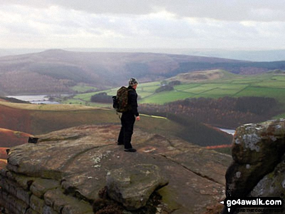 Winhill Pike (Win Hill), Ladybower Reservoir and Crook Hill from Dovestones Tor, Derwent Edge
